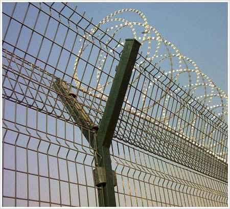 机场护栏网.jpg
