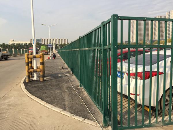 锌钢围栏.jpg
